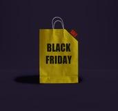Μαύρη τσάντα εγγράφου Παρασκευής Στοκ Φωτογραφίες
