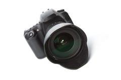 μαύρη φωτογραφική μηχανή dslr που απομονώνεται Στοκ Φωτογραφίες