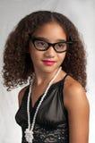 μαύρος έφηβος γυαλιών πο&ups Στοκ εικόνα με δικαίωμα ελεύθερης χρήσης