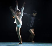 Μαύρος και άσπρος-σύγχρονος χορός Στοκ φωτογραφίες με δικαίωμα ελεύθερης χρήσης