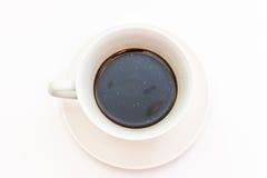 μαύρος καφές στην άσπρη κούπα καφέ Στοκ Εικόνα