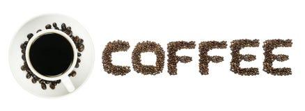 Μαύρος καφές στον άσπρο ΚΑΦΕ κειμένων κοσμητόρων φλυτζανιών και καφέ που απομονώνεται στο λευκό Στοκ Φωτογραφίες