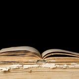 μαύρος παλαιός σωρός βιβλίων Στοκ Εικόνα