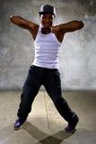 Μαύρος που εκτελεί τη χορογραφία χορού χιπ χοπ στοκ εικόνες με δικαίωμα ελεύθερης χρήσης