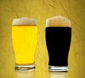 μαύρος χρυσός μπύρας Στοκ Εικόνες