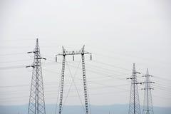 μαύρο λευκό ισχύος γραμμών έννοιας ηλεκτρικό Στοκ εικόνα με δικαίωμα ελεύθερης χρήσης