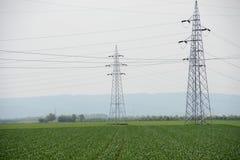μαύρο λευκό ισχύος γραμμών έννοιας ηλεκτρικό Στοκ εικόνες με δικαίωμα ελεύθερης χρήσης