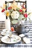 μαύρο θέτοντας επιτραπέζι&om Στοκ Εικόνες