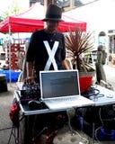 Μαύρο θηλυκό DJ στοκ φωτογραφία με δικαίωμα ελεύθερης χρήσης