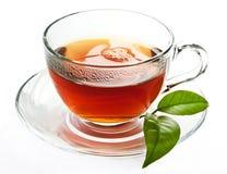 μαύρο ισχυρό τσάι φλυτζανιών στοκ εικόνες