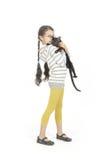 μαύρο κορίτσι γατών αυτή λί&gamm Στοκ εικόνες με δικαίωμα ελεύθερης χρήσης