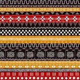 Μαύρο κόκκινο κίτρινο και άσπρο παραδοσιακό αφρικανικό άνευ ραφής σχέδιο υφάσματος mudcloth, διάνυσμα ελεύθερη απεικόνιση δικαιώματος