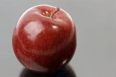 μαύρο κόκκινο μήλων στοκ φωτογραφίες