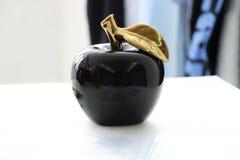 Μαύρο μήλο Στοκ εικόνα με δικαίωμα ελεύθερης χρήσης