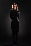 μαύρο μοντέλο μόδας φορεμά Στοκ Εικόνες