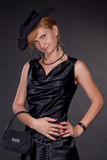 μαύρο ντυμένο κορίτσι τσαν&t Στοκ Φωτογραφίες