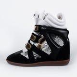 Μαύρο πάνινο παπούτσι πλατφορμών δέρματος Στοκ φωτογραφίες με δικαίωμα ελεύθερης χρήσης
