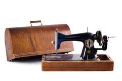 μαύρο παλαιό ράψιμο μηχανών Στοκ φωτογραφία με δικαίωμα ελεύθερης χρήσης