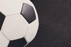 μαύρο ποδόσφαιρο σφαιρών ανασκόπησης Στοκ Εικόνες