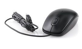 Μαύρο ποντίκι υπολογιστών που απομονώνεται σε ένα άσπρο υπόβαθρο Στοκ εικόνα με δικαίωμα ελεύθερης χρήσης