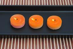 μαύρο πορτοκάλι πιάτων κε&rho Στοκ εικόνα με δικαίωμα ελεύθερης χρήσης