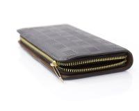 Μαύρο πορτοφόλι δέρματος με το φερμουάρ στοκ φωτογραφία με δικαίωμα ελεύθερης χρήσης