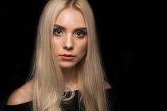 μαύρο πορτρέτο κοριτσιών α& Στοκ Εικόνες