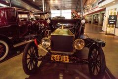 Μαύρο πρότυπο Τ του 1915 ανοικτό αυτοκίνητο της Ford Στοκ Εικόνες