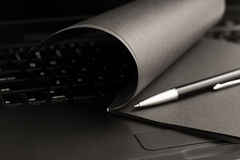 μαύρο σημειωματάριο Στοκ φωτογραφία με δικαίωμα ελεύθερης χρήσης