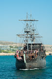 μαύρο σκάφος μαργαριταριών napa της Κύπρου agia Στοκ εικόνα με δικαίωμα ελεύθερης χρήσης