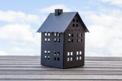 μαύρο σπίτι Στοκ Φωτογραφίες