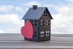 μαύρο σπίτι Στοκ φωτογραφία με δικαίωμα ελεύθερης χρήσης