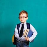 μαύρο σχολείο έννοιας βιβλίων ανασκόπησης copyspace πίσω σχολείο Στοκ Εικόνες