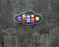 Μαύρο σύννεφο με app τα εικονίδια στο συμπαγή τοίχο κτηρίων doodles Στοκ φωτογραφία με δικαίωμα ελεύθερης χρήσης
