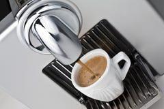 μαύρο φλυτζάνι coffe στοκ εικόνα με δικαίωμα ελεύθερης χρήσης