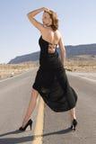 μαύρο φόρεμα γοητευτικό Στοκ φωτογραφίες με δικαίωμα ελεύθερης χρήσης