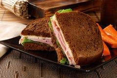 μαύρο forese σάντουιτς σίκαλησ στοκ εικόνες
