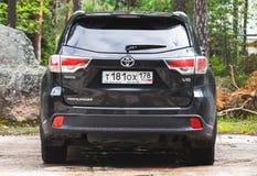 Μαύρο Highlander της Toyota αυτοκίνητο, οπισθοσκόπο στοκ φωτογραφία με δικαίωμα ελεύθερης χρήσης