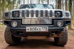 Μαύρο Hummer H2 Μπροστινή όψη Στοκ Εικόνα