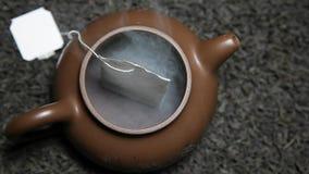 Μαύρο teapot τσαγιού teabag δεν καπνίζει κανενός απόθεμα βίντεο