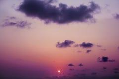 Μαλακά σύννεφα στον ουρανό βραδιού Στοκ φωτογραφία με δικαίωμα ελεύθερης χρήσης