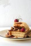 Μαλακή κατσαρόλα φραουλών αμυγδάλων μαρμελάδας βαφλών στοκ φωτογραφίες με δικαίωμα ελεύθερης χρήσης
