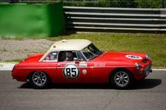 1963 μαλακός-τοπ ανοικτό αυτοκίνητο MG MGB σε Monza Στοκ Εικόνες