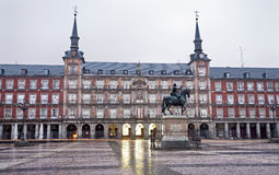 Μαδρίτη - δήμαρχος Plaza στο φως πρωινού Στοκ Φωτογραφίες