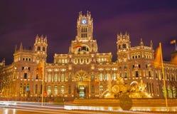 Μαδρίτη - παλάτι επικοινωνιών από Plaza de Cibeles Στοκ Φωτογραφίες