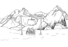 μεγάλα βουνά βουνών τοπίων Σκηνές και μια φωτιά Στοκ Εικόνες