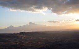 μεγάλα βουνά βουνών τοπίων _ Στοκ φωτογραφίες με δικαίωμα ελεύθερης χρήσης