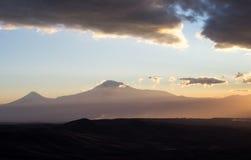 μεγάλα βουνά βουνών τοπίων _ Στοκ φωτογραφία με δικαίωμα ελεύθερης χρήσης