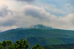 Μεγάλα ισχυρά σύννεφα καταιγίδας θύελλας στοκ φωτογραφίες