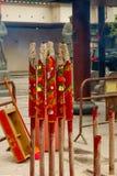 Μεγάλα κόκκινα ραβδιά θυμιάματος στο ναό Che Kung Στοκ Εικόνες